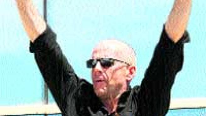 Bruce Willis presentó la película de animación Over the Hedge.