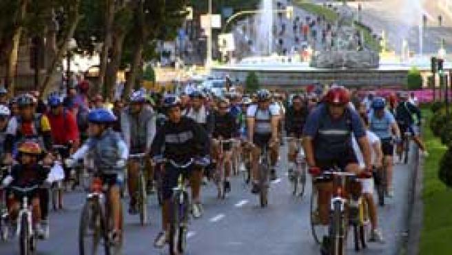 Las bicis conquistan Madrid (Archivo)