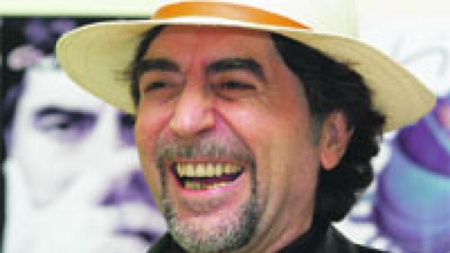 El artista sonríe durante la presentación de su última gira por España.