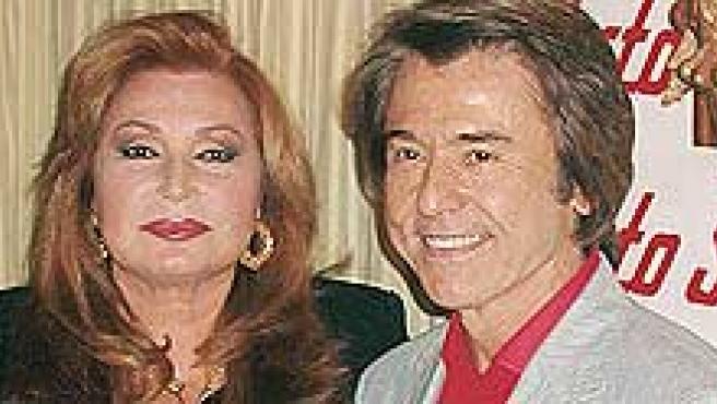 Rocío Jurado y Raphael en una imagen de archivo ©Korpa