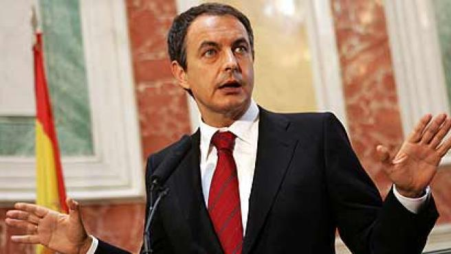 Rodríguez Zapatero compareció en junio en el Congreso para anunciar que se iniciaban las conversaciones con ETA