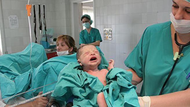 Nacimiento en el Hospital Virgen Macarena de Sevilla. (ARCHIVO)