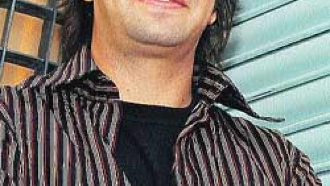 Álvaro Urquijo.