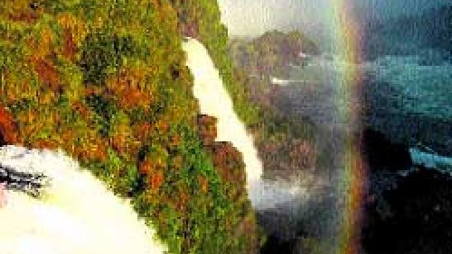 Último destino: Iguazú. Unas vistas para soñar desde Brasil y sumergirte dentro de Argentina.