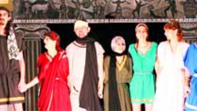 Los Pelópidas, una sátira de Jorge Llopis de las obras de teatro griego.