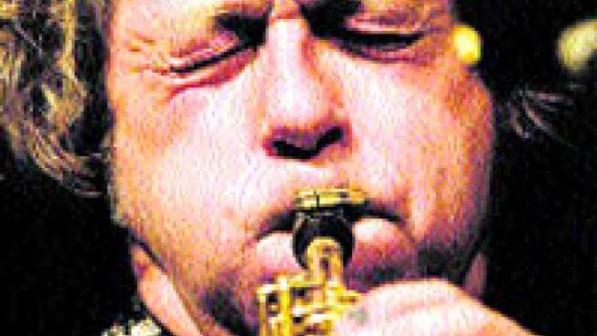 Instantáneas en las que los músicos viven cada sonido al máximo(Torres).