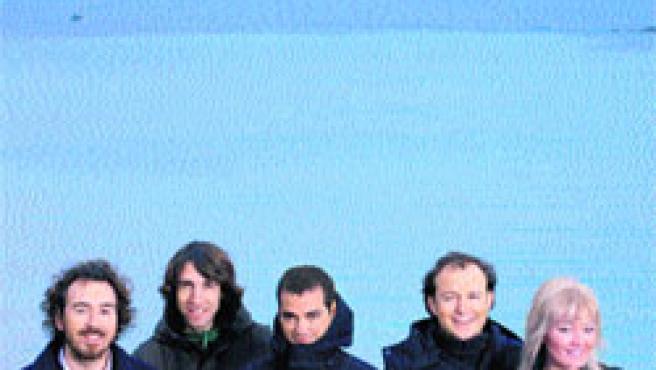 El grupo donostiarra de Amaia Montero, a la derecha, se ha convertido en líder de ventas con sus cuatro primeros discos.