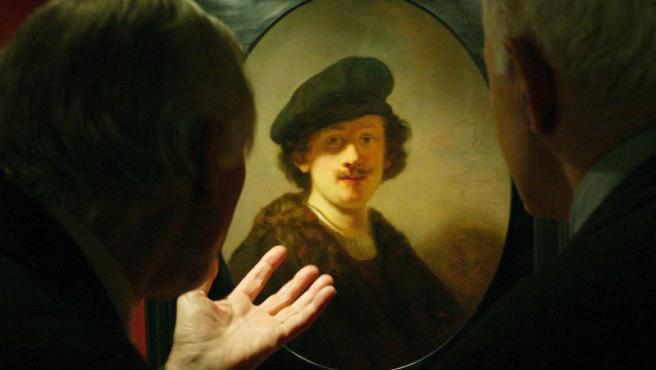 Rembrandt sigue atrayendo la atención de los aficionados al arte.