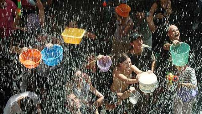 Batalla del agua en Vallecas