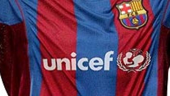 Fotomontaje del logotipo de Unicef en la camiseta del Barcelona. (Pablo Arenas)