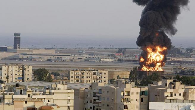 El aeropuerto internacional Rafic Hariri de Beirut ha sido atacado por aviones israelíes. (Mohamed Azakir / Reuters)