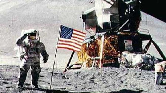 Aquellos que defienden que el viaje a la Luna fue un montaje encontrarían una buena forma de darle fuerza a sus teorías