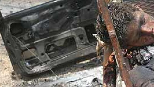 Un niño libanés muerto por un ataque israelí (AP)
