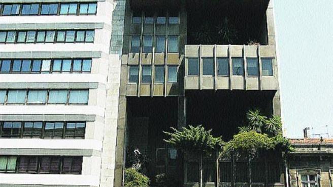 Este inmueble alberga todavía hoy el Banco Simeón.(M. VILLA)