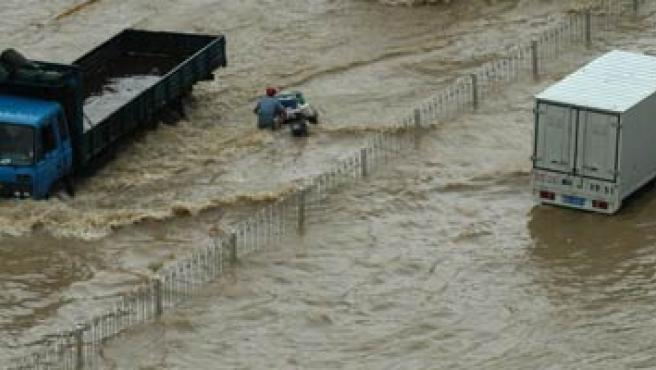 El sur de China se encuentra devastado tras el paso del tifón. (EFE)