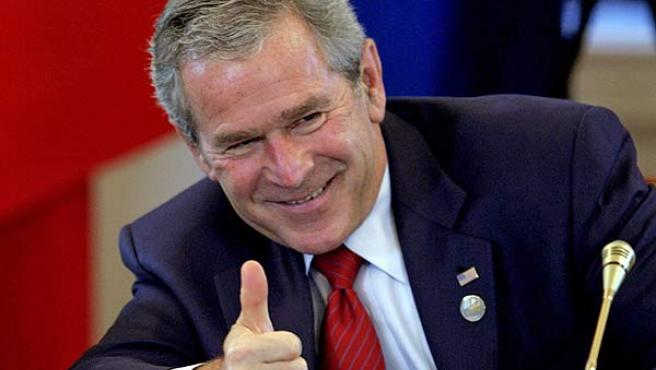 Bush durante la cumbre del G8, en San Petersburgo. (Ivan Sekretaryov / Reuters)