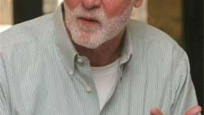 John Hart(Hugo Frnández).