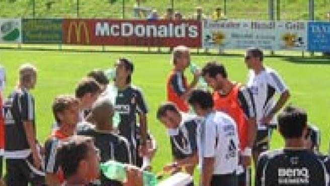 La plantilla del Real Madrid en un entrenamiento en Austria (Efe)