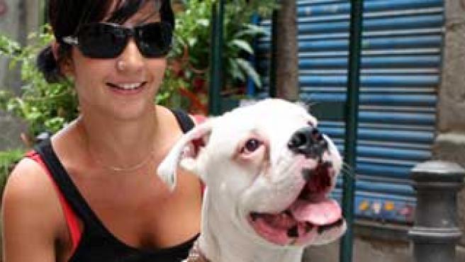 Paula y su perro 'Hugo' (S.G)