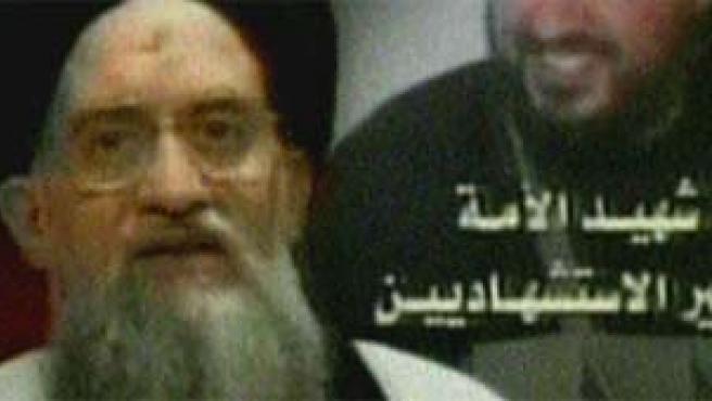 Al Zawahiri en un vídeo difundido en julio de 2006.