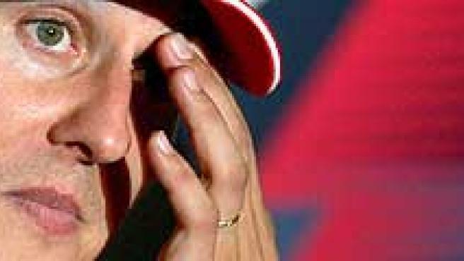 Michael Schumacher, durante la rueda de prensa. (Efe)