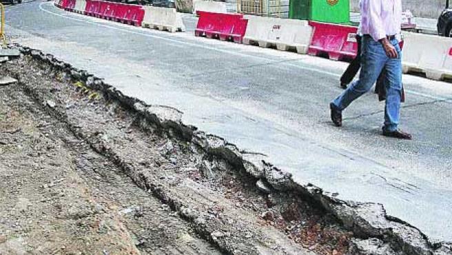 Excavadoras han tomado el segundo tramo de la calle San Blas. (Foto: Fernando Blanco).
