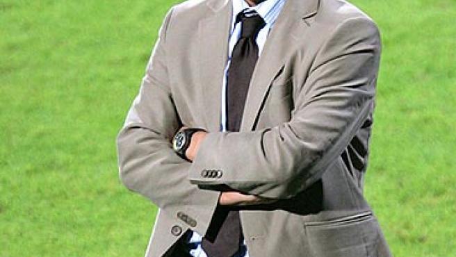 Fabio Capello, preocupado durante el partido. (AP)