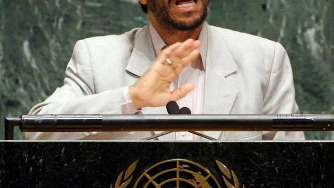 El presidente de Irán, Mahmoud Ahmadenijad, habla durante la 61 Asamblea General de la ONU. (EFE)