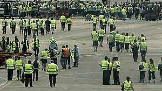 Trabajadores de Iberia en las pistas de El Prat el pasado 28 de julio