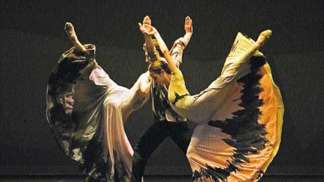 El ballet narra una historia de amor y odio.