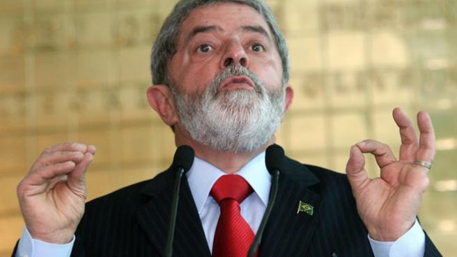 El presidente de Brasil, Luiz Inácio Lula da Silva, en la rueda de prensa. (Carlos Humberto / EFE)