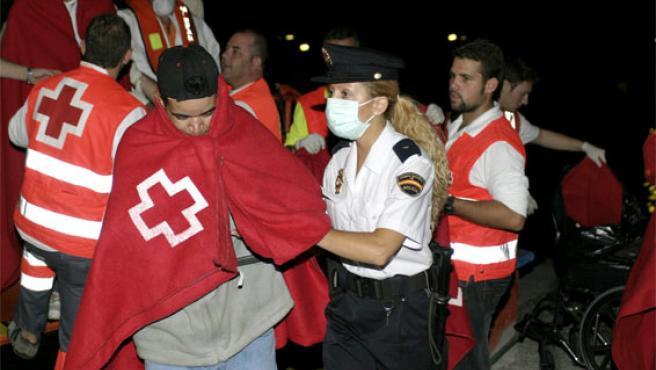 Uno de los grupos de inmigrantes que llegó en las últimas horas a Motril (Granada)