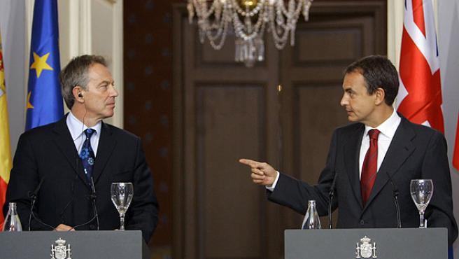 El primer ministro británico ha apoyado al presidente español para continuar con el diálogo con ETA (Andrea Comas / Reuters).