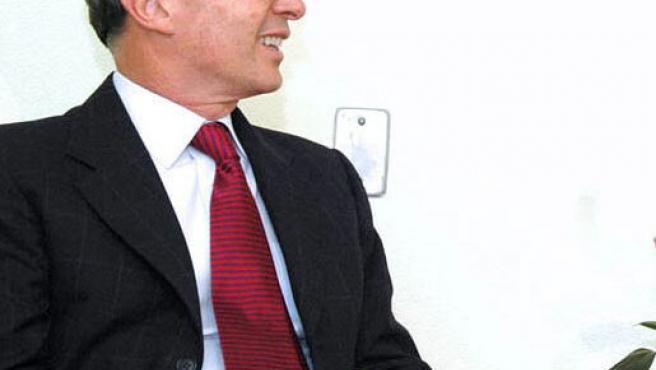 Álvaro Uribe (César Carrión Ayala / Efe)