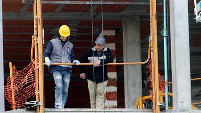 La construcción es uno de los sectores más castigados por la siniestralidad laboral (Archivo)