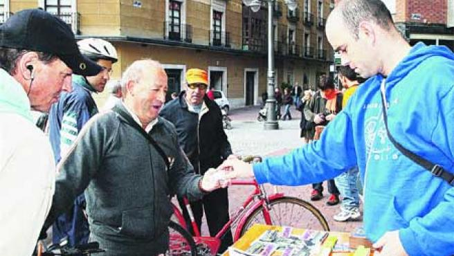Asamblea Ciclista de Valladolid. (F. Blanco).