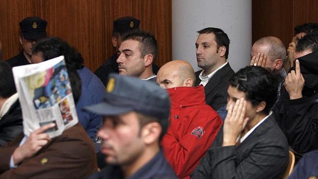 Suárez Trashorras y su cuñado, Antonio Toro, están acusados por por tráfico de drogas y explosivos (J.L.Cereijido / EFE).