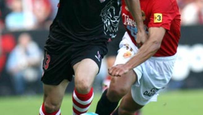 El Athletic necesita los goles de Aduriz para pasar de fase. (Efe)