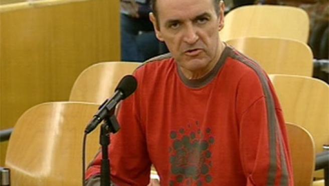 Imágenes de televisión del etarra José Ignacio de Juana Chaos, en el juicio a Belén González Peñalva