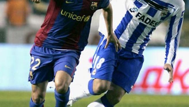 Saviola, que jugó ante el Depor, repetirá como delantero titular. (Efe)