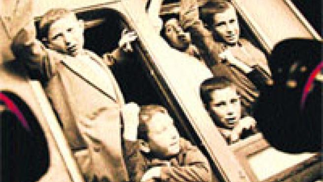 Imágenes de niños de la guerra captadas por el fotoperiodista Agustí Centelles. (Efe)