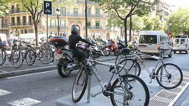 El ayuntamiento de Barcelona creará 1.050 nuevas plazas de aparcamiento hasta finales de año.