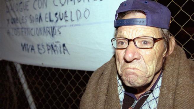"""Eduardo Tagua se ha pasado medio siglo en la cárcel, donde dice haber nacido. No quiere volver a la calle porque """"hay mucho asesino suelto"""" (EFE)."""
