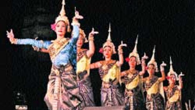 Bailarinas camboyanas.(Reuters)