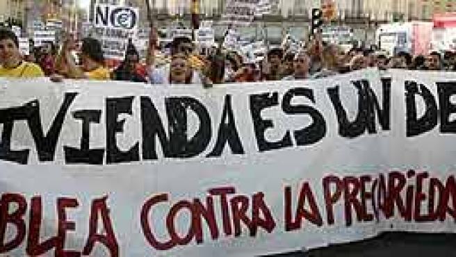 Última concentración por una vivienda digna en Madrid. (Ballesteros/Efe)