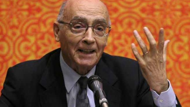 Saramago, en una imagen de archivo (J.Méndez/ EFE)