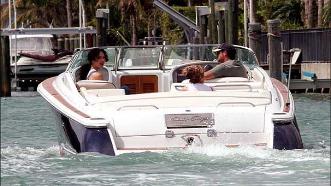 Valeria Rivera y Alejandro Sanz en una imagen del 2003 en Miami ©Korpa
