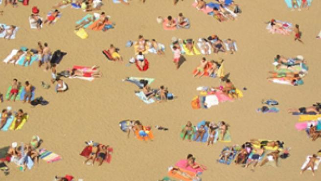 El 'spain is different' y el turismo de 'sol y playa' fomentado desde los 60 en la costa mediterránea podría estar amenazado.