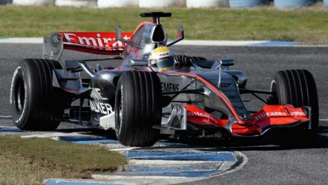 Mclaren pondrá a punto sus balas de plata en el circuito Ricardo Tormo. (Reuters)