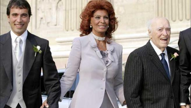 Sofía Loren y Carlo Ponti en la boda de su hijo Carlo Ponti Jr.